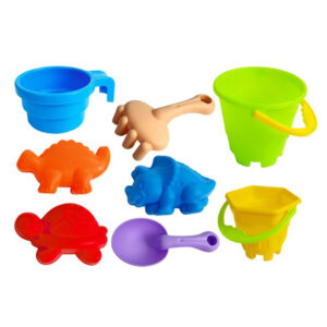 Liivakasti laud koos mänguasjadega